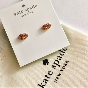 Kate Spade kiss stud earrings